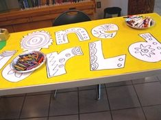 Drop-in program: decorate a summer reading banner