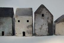 Vogelhuisjes van Leo Gerritsen | keramiek huisjes | Pinterest