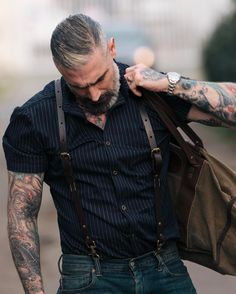 Menswear at it's finest. One of our newest editions to the Sheehan & Co. Our tailored short sleeve button up. Seen with out classic leather suspenders. Daniel Sheehan, Moda Blog, Look Man, Rugged Style, Herren Outfit, Mode Masculine, Gentleman Style, Stylish Men, Bearded Men