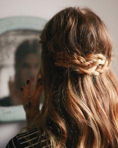 Pretty way to pull back your hair Hair Pretty Hairstyles, Braided Hairstyles, Style Hairstyle, Easy Hairstyle, Wedding Hairstyle, Hair Wedding, Hairstyles Haircuts, Hairstyle Ideas, Hair Inspo