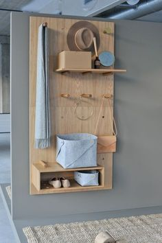 Dare to design hylle med Jotun Hipster brown The post Dare to design hylle med Jotun Hipster brown appeared first on Home Organization. decor diy hipster Dare to design hylle med Jotun Hipster brown Furniture Plans, Diy Furniture, Furniture Design, Furniture Storage, Furniture Cleaning, Furniture Websites, Furniture Dolly, Modular Furniture, Furniture Movers
