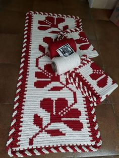 Crochet Home, Free Crochet, Hobbies And Crafts, Diy And Crafts, Crochet Table Mat, Knitting Patterns, Crochet Patterns, Fillet Crochet, Crochet Butterfly