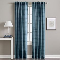 Preston Curtain,