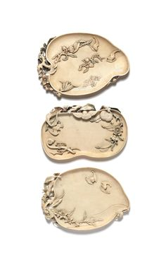 Chinese works of art. Three ivory brush washers, 18th/19th century 十八/十九世紀 象牙筆掭 一組三件