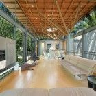 Tree House by Van Der Merwe Miszewski Architects