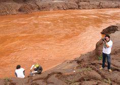 Um ano depois expedição mostra que Rio Doce continua impróprio