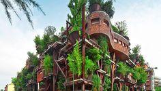 """Turin, Italie. Vous rêvez de vivre au cœur des arbres, un peu comme """"les enfants perdus"""" mais sans perdre le confort d'un centre-ville ? Cet architecte italien vient faire de ce rêve une réalité !"""