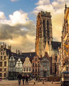 Mechelen, Flanders, Belgium // Press for more about this beautiful city.