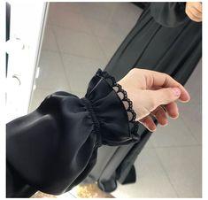 Source by hejsajsa dresses fashion hijab ilayki fashion chemisier dress mode Kurti Sleeves Design, Sleeves Designs For Dresses, Sleeve Designs, Abaya Fashion, Muslim Fashion, Modest Fashion, Fashion Dresses, Abaya Designs, Blouse Designs