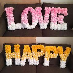 _ 諦めかけてた#HAPPYオブジェ  3月に同じ式場で式を挙げるともだちに 手伝ってもらって完成しました☺️ #LOVEオブジェ のときと字体を変えたら フェルト貼るのらくちんでびっくり( °д° ) 果てしなくオレンジに近いキイロ …ドレスの色とかぶってる〜〜(笑) 次こそウエルカムボーーード❣️ #プレ花嫁 #2月挙式  #花嫁DIY  #ラブオブジェ #ハッピーオブジェ