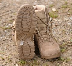 Medzipodrážka je vyrobená z jemného EVA materiálu. Taktická obuv Scorpion od Pentagonu na: http://www.armyoriginal.sk/2715/137280/takticka-obuv-scorpion-coyote-pentagon.html