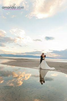 Utah Wedding Photographer |  Bride and Groom | Salt Flats | Amanda Abel Photography | www.amandaabelphoto.com #brideandgroomphotography