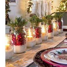 Candele, lanterne, bacche, pigne o spezie... fai da te il centrotavola di Natale! Tante idee originali per addobbare la tua tavola delle feste