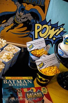 Batman party snacks www.anygivenparty.com/a-batman-themed-birthday-bash/#
