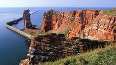 Die Lange Anna, das Wahrzeichen der Insel Helgoland. Water, Outdoor, Underground Bunker, Day Trips, Rocks, Road Trip Destinations, Vacation, Gripe Water, Outdoors
