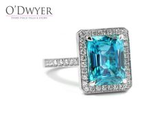 White gold ring with an amazing Zircon and diamonds.