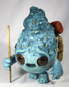 New monster sculptures by Chris Ryniak (and the last a team up with Amanda Spayd) for a show opening at Stranger Factory . Cute Creatures, Magical Creatures, Fantasy Creatures, Clay Monsters, Little Monsters, Kintsugi, Art Magique, 3d Studio, Fantasy Kunst