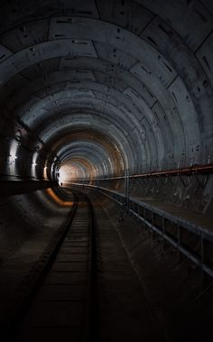 Tunnel, curve, bend and track HD photo by Claudia Soraya (@claudiasoraya) on Unsplash