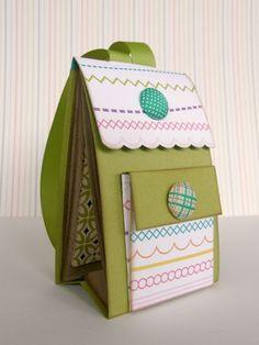 Paper and remember: Columns scrapbooking: mini backpack album