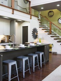 Spacious and Bright - An Amazing Barn Conversion from HGTV's Elbow Room on HGTV