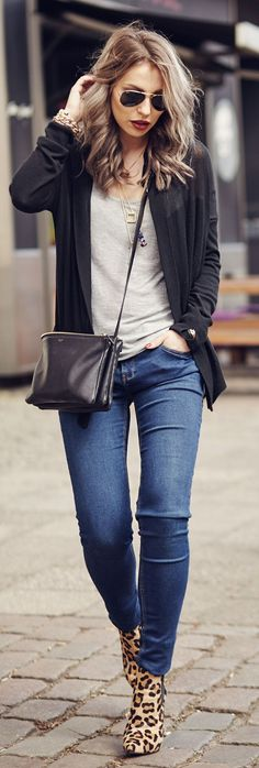 ♥Black Cardi with Skinny Jeans and Leapord Booties ...
