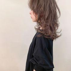 Medium Long Hair, Medium Hair Styles, Curly Hair Styles, Natural Hair Styles, Fly Away Hair, Mullet Hairstyle, Shot Hair Styles, Hair Arrange, Aesthetic Hair