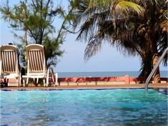 Negombo Topaz Beach Hotel Sri Lanka, Asia Topaz Beach Hotel is conveniently located in the popular Negombo Beach area. Featuring a complete list of amenities, guests will find their stay at the property a comfortable one. Free Wi-Fi in all rooms, 24-hour room service, Wi-Fi in public areas, car park, room service are on the list of things guests can enjoy. All rooms are designed and decorated to make guests feel right at home, and some rooms come with closet, towels, clothes r...