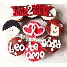 Feliz 2 aniversario cupcakes <3 <3 / Happy aniversary / Love cupcakes