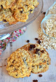 Galletitas de avena y pasas de uva / Tres Tenedores Kinds Of Cookies, Cheesecake Cookies, Breakfast Items, Cookie Jars, Cheesecakes, Special Occasion, Cereal, Oven, Toast