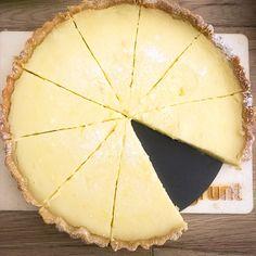 #lemon #lemoncake #lemondesserts #lemonpie #desserts #dessertideas #sweet #piecrust #cuisine #cuisinemoderne #deliciousdesserts #deliciousness Lemon Desserts, Delicious Desserts, I Foods, Sweet, Kitchen Modern, Lemon, Candy