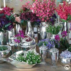 Los jarrones y floreros cromados son lo último en tendencia decorativa a nivel internacional, ¿Ya tienes los tuyos?