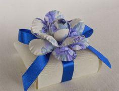 Fina Flor Bem Casados: Bem casado com camélia floral azul