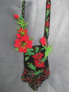 "Гердан "" Красные маки"" Loom Beading, Beading Patterns, Flower Patterns, Seed Bead Jewelry, Seed Beads, Beaded Jewelry, Beaded Purses, Beaded Bags, Necklaces"