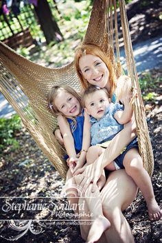Mesdemoiselles Lily et Nova avec maman au Jardin Daniel Seguin