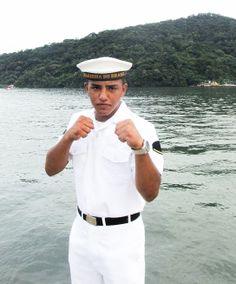 Marinheiro pugilista quer incentivar jovens a ingressar na Marinha