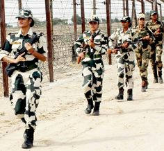 Indian Army Special Forces, Indian Army Quotes, Indian Army Wallpapers, Army Pics, Mother India, Army Infantry, Indian Air Force, Army Girlfriend, Female Soldier