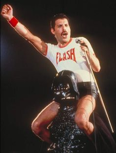 ea444d416e150 Can we all just take a moment and appreciate this picture where Freddie  Mercury is riding