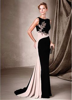 Glamorous Stretch Charmeuse Bateau Neckline Sheath Evening Dresses With Embroidey & Beads