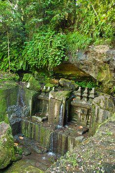 Bali - Temple in Ravine