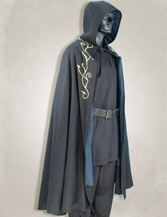 300230 Larp, larp clothing, medieval clothing, larp black elven cape -- need to get some ideas for my characters...