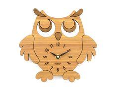 Reloj buho de madera de bambú reloj para una por KeepsakeToys