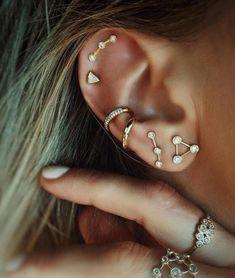 Diamond Bar Stud Earrings in Solid Gold / Rose Gold Diamond Bar Stud Earrings / Dainty Minimal Diamond Earrings / Valentines Day - Fine Jewelry Ideas Bar Stud Earrings, Simple Earrings, Silver Hoop Earrings, Crystal Earrings, Star Earrings, Diamond Earrings, Ear Jewelry, Body Jewelry, Gemstone Jewelry