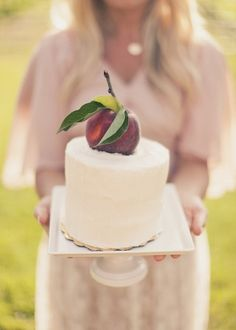 wedding cake with peach cake topper :) // photo by AlixannLooslePhotography.com