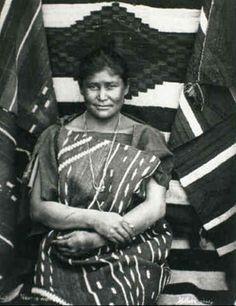 NAVAJO WOMAN, 1880