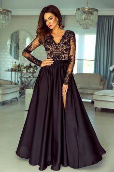 8d97da86f3e4 Dlhé večerné šaty s dlhým tylovým rukávom ozdobeným čipkou. Saténová sukňa  je na jednej strane