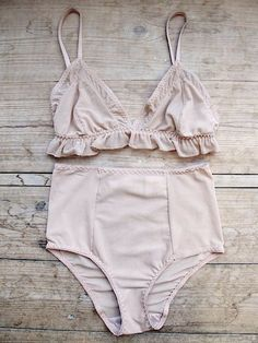 Cute bra set.+
