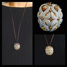 biżuteria soutache, haft koralikowy, torby z filcu: Wisior soutache i hematyty