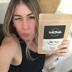 blogdapaty My love will now begin my experience with @body_blendz and I'm anxious to see the results of this diet for one month. Come know a little more about this new #bodyblendz. #allnatural #coffeescrub #getsmooth #skincare #exfoliate #hydrate #firm