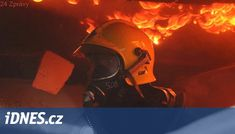Chatu zničily plameny, hasiči narazili na řadu skrytých ohnisek