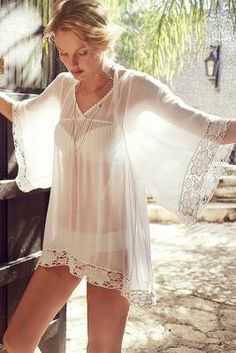 Anthropologie Offshore Caftan $120.00 - Buy it here: https://www.lookmazing.com/anthropologie-offshore-caftan/products/7259377